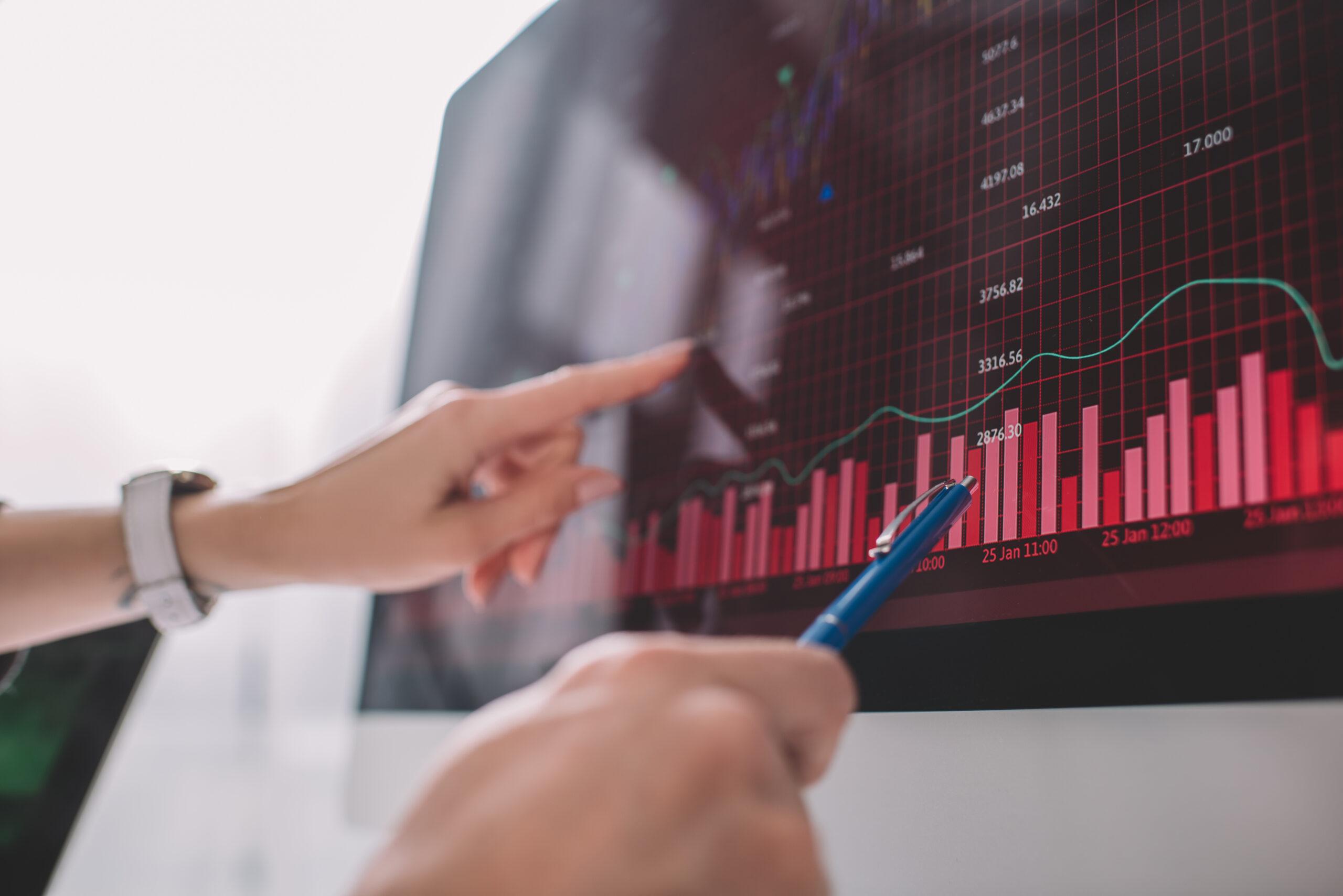 4 etapas para implementar Data&Analytics nos Centros de Serviço Compartilhado